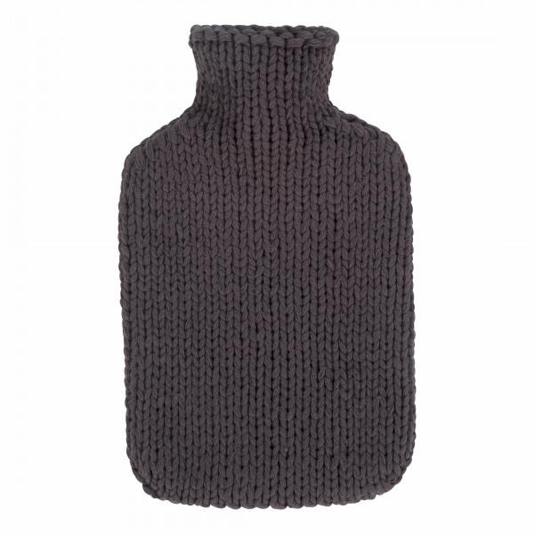 Wärmflasche mit Strickbezug in grau